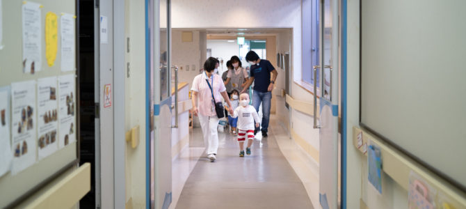 アート・クリエイティブによる病院内コミュニケーション増進プロジェクト